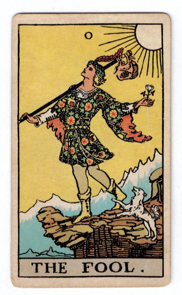 Ý nghĩa lá bài The Fool trong bài Tarot