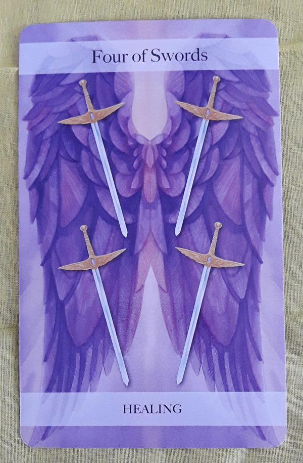Ý nghĩa lá bài Four of Swords