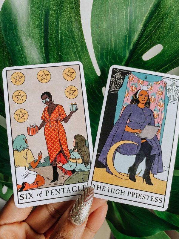 ý nghĩa lá bài Six of Pentacles