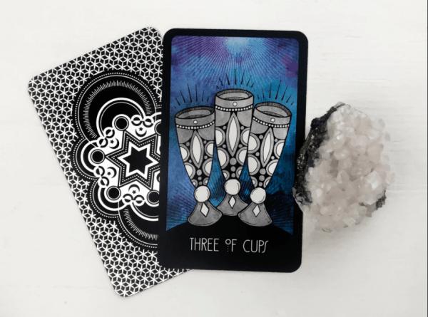 ý nghĩa lá bài Three of Cups