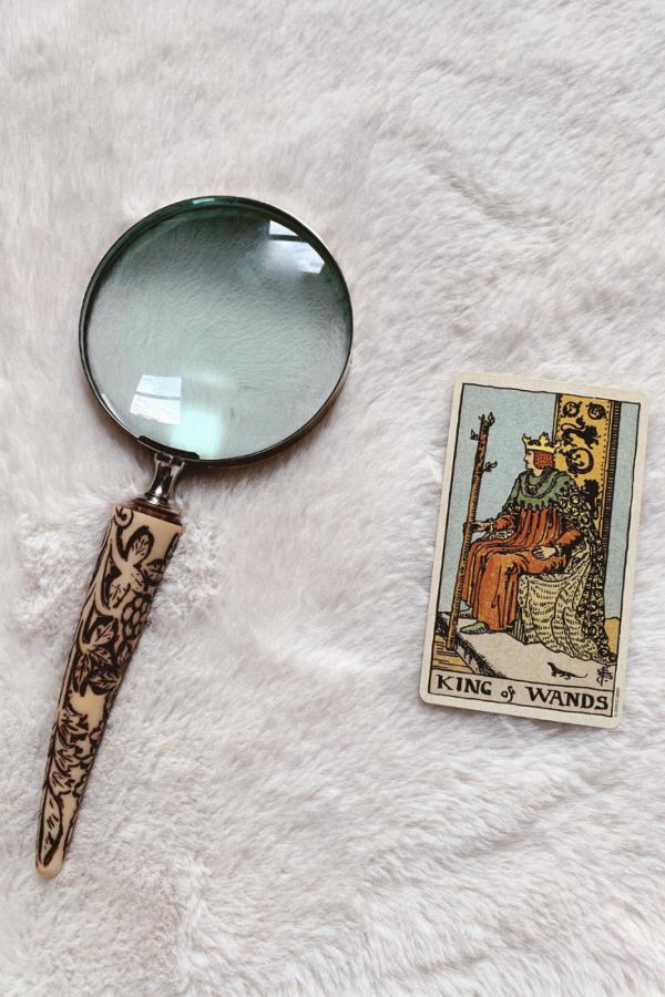 Ý nghĩa lá bài King of Wands